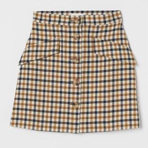 H&M skirt with buttons